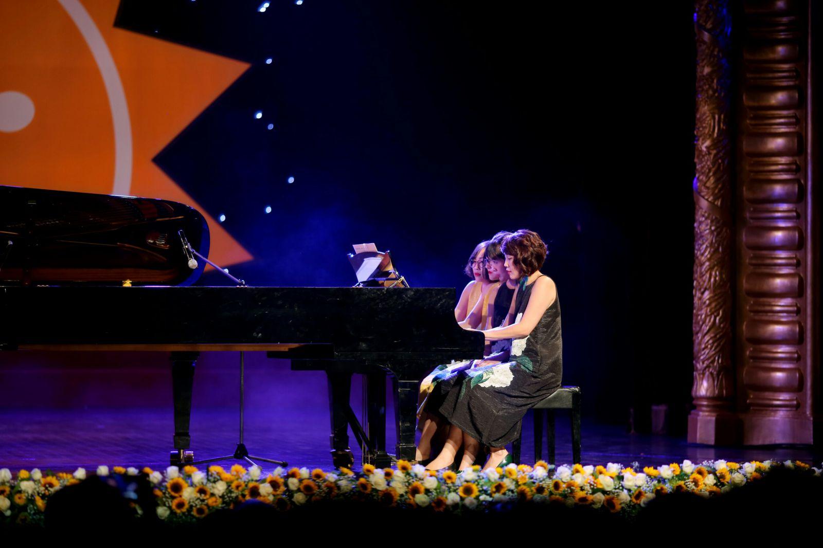 Gallop Manrche - Lagvinac 16 hands for 2 Pianos