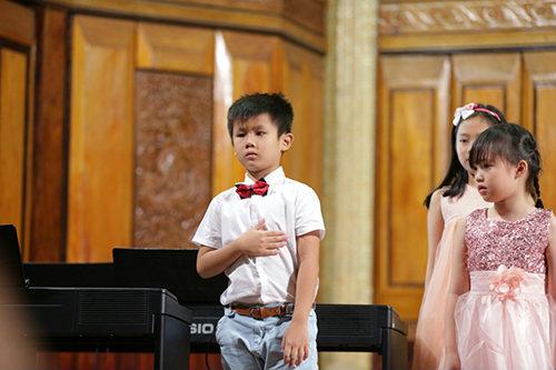 Cảm thụ âm nhạc cho bé 3 tuổi ở tphcm