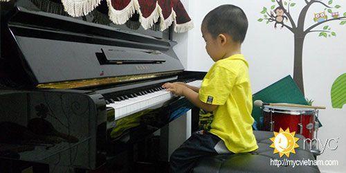 học đàn piano quân thủ đức