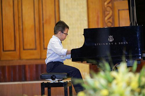 dạy đàn piano mycvietnam