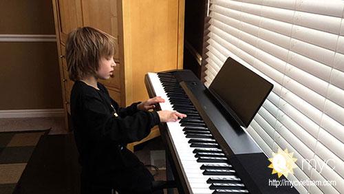 học đàn piano quận tân phú
