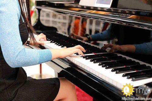 dạy đàn piano ở bình thạnh